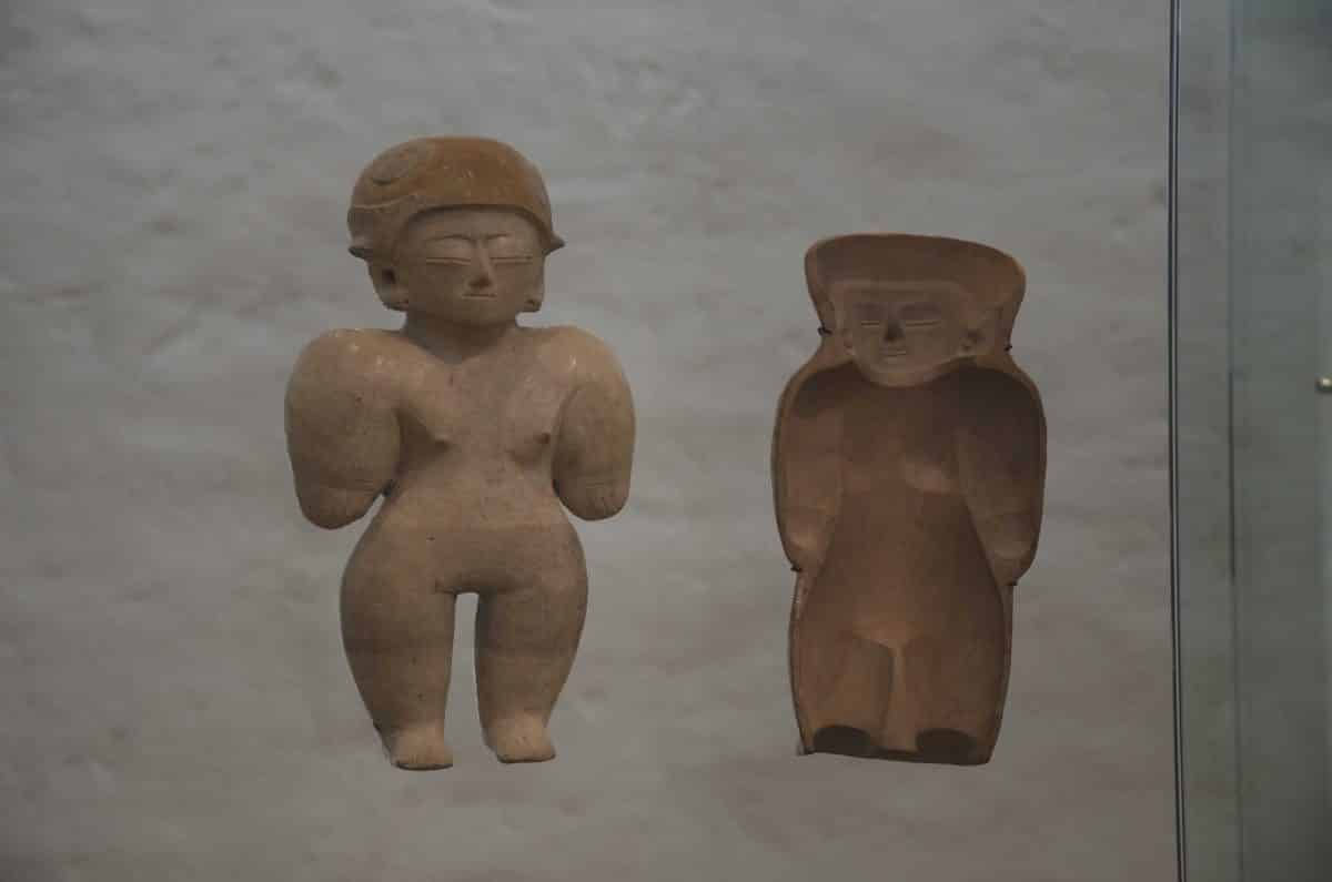 Figure w/ mold; Culture Chorrera (950 – 350 BC); Casa del Alabado, Quito, Ecuador    ©Angela Drake