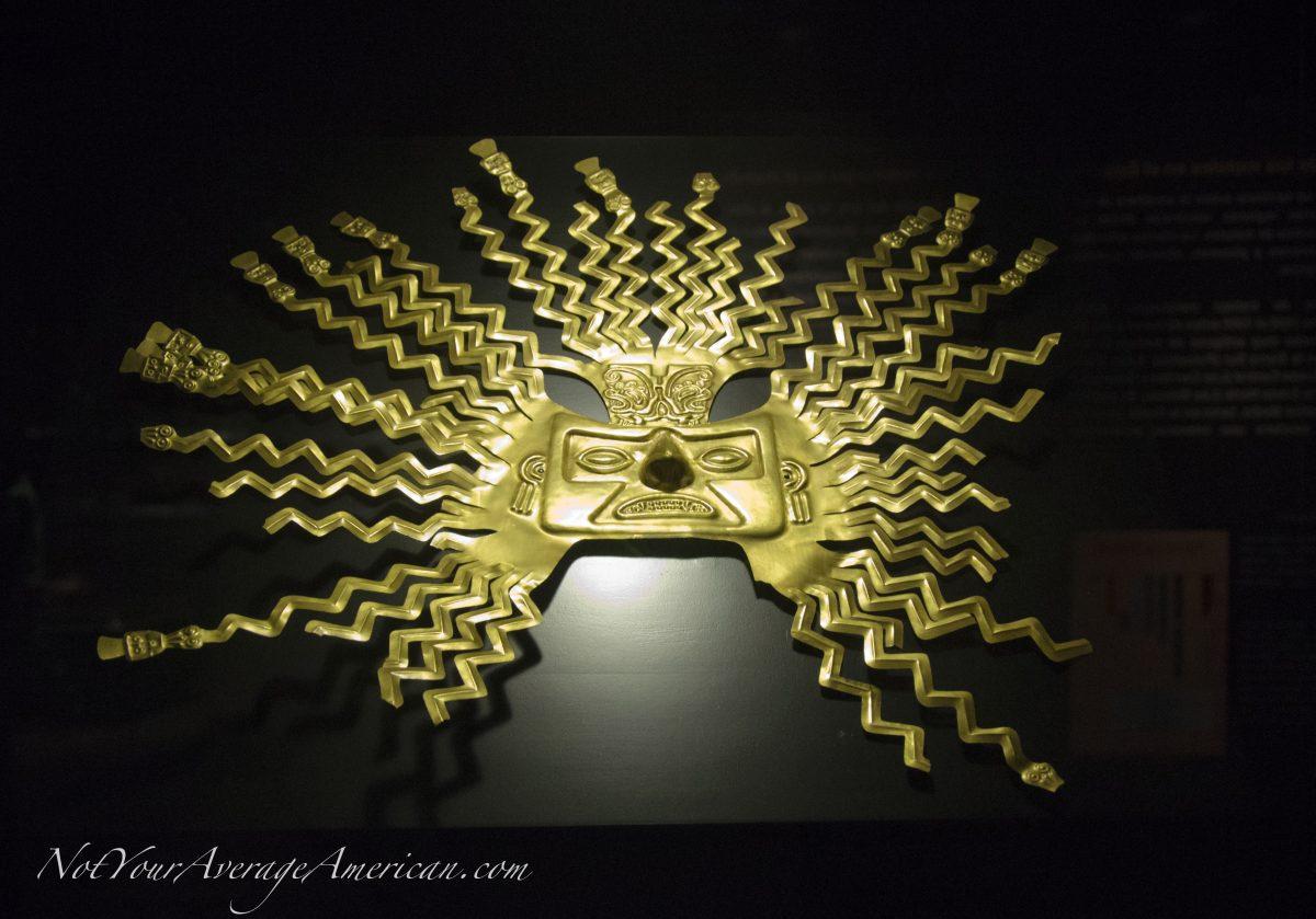 A Gold Exhibit Worth Seeing at the Casa de la Cultura