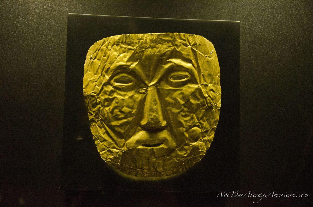 Gold Mask; Museo Nacional, Casa de la Cultura, Quito, Ecuador | © Angela Drake