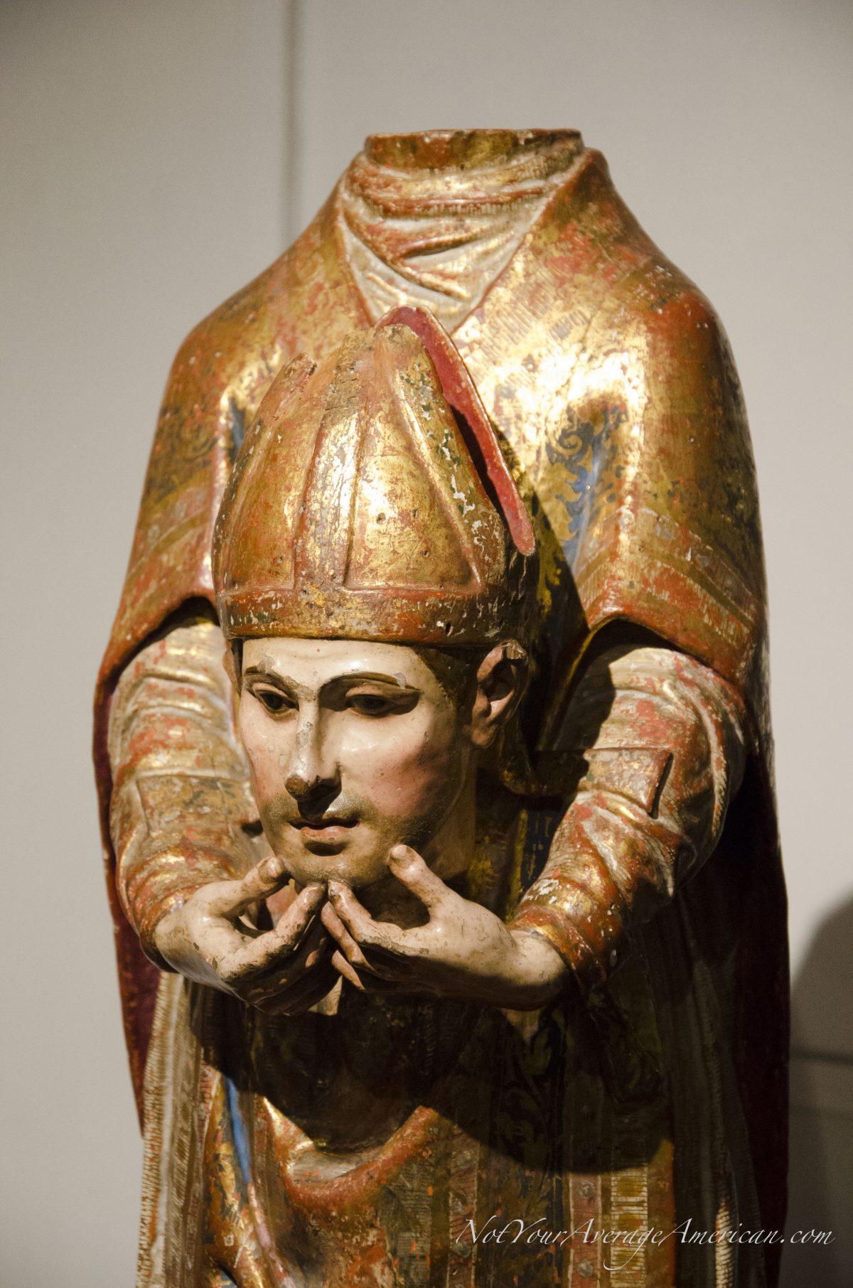 Religious Statue; Museo Nacional, Casa de la Cultura, Quito, Ecuador | © Angela Drake