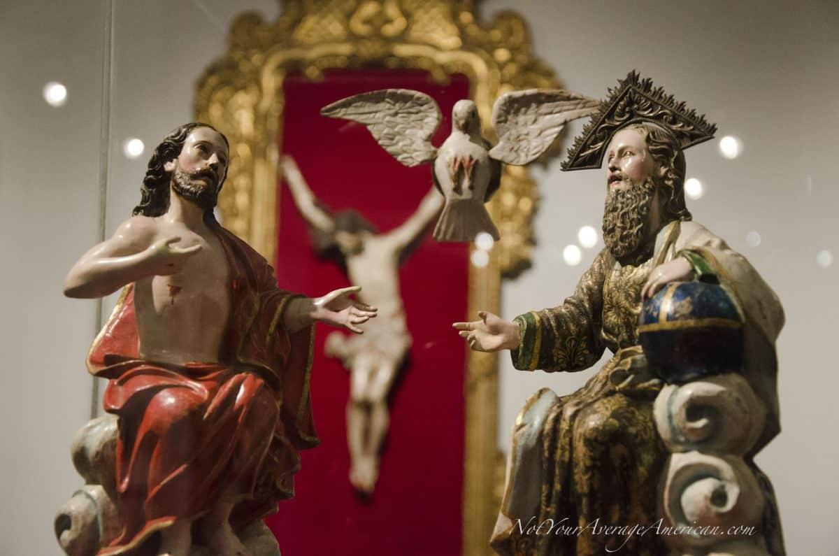 Religious Art; Museo Nacional, Casa de la Cultura, Quito, Ecuador | © Angela Drake