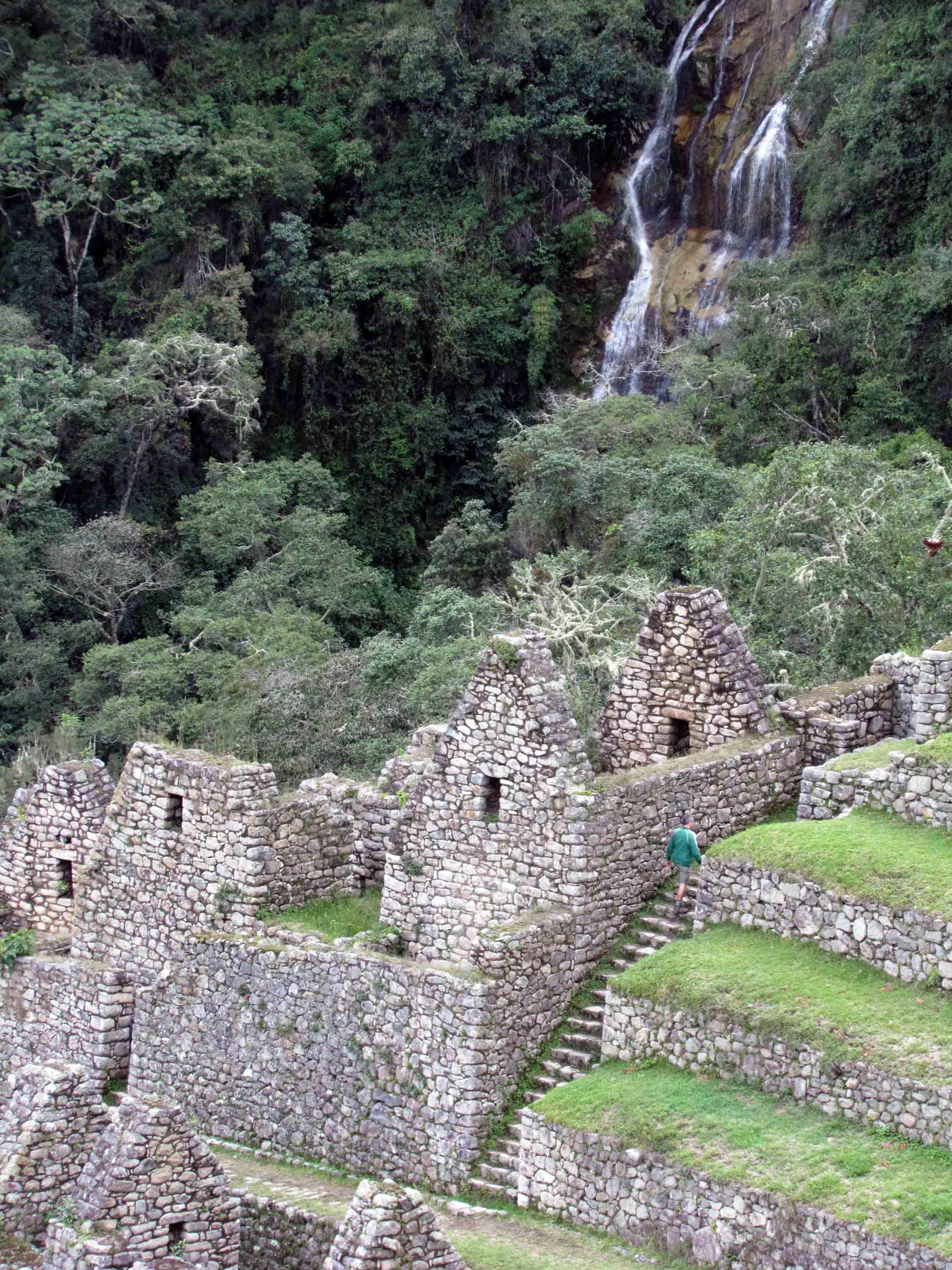 View of Wiñaywayna, Inca Trail, Peru | ©Angela Drake
