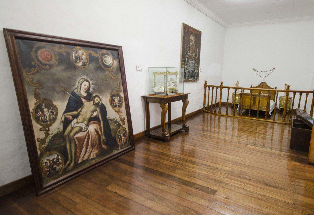 A corner in the Room of Virgins