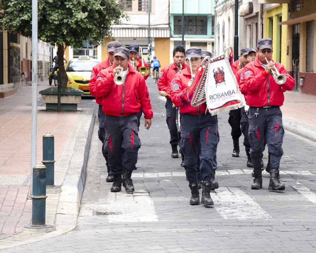Wandering Street Band in Riobamba
