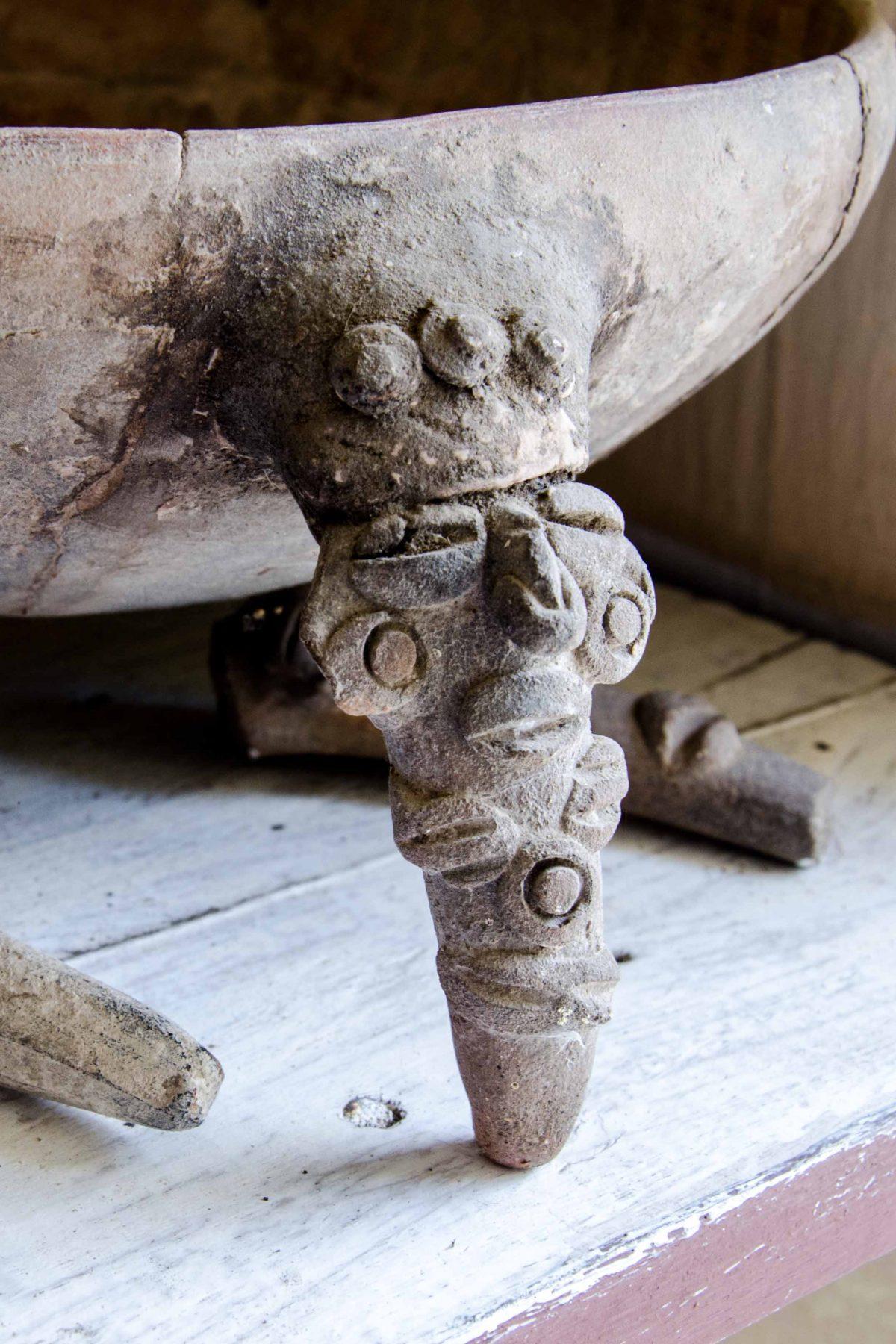 Pottery from the Chorrera Culture, 1300 BCE to 300 BCE, Valdivia, Ecuador | ©Angela Drake / Not Your Average American; Ecuador Por Mis Ojos