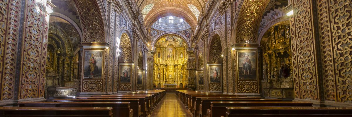 Photographing La Compañia de Jesus, Quito