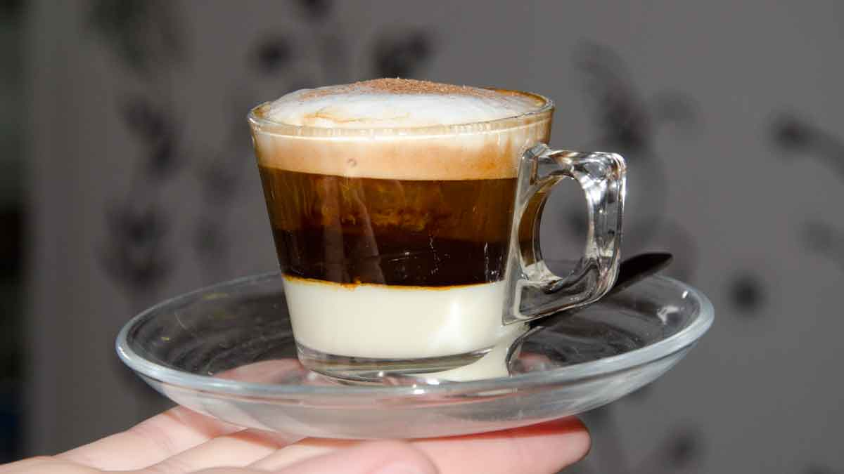 Espresso Drink, Cafe Intag, Cotacachi   ©Angela Drake
