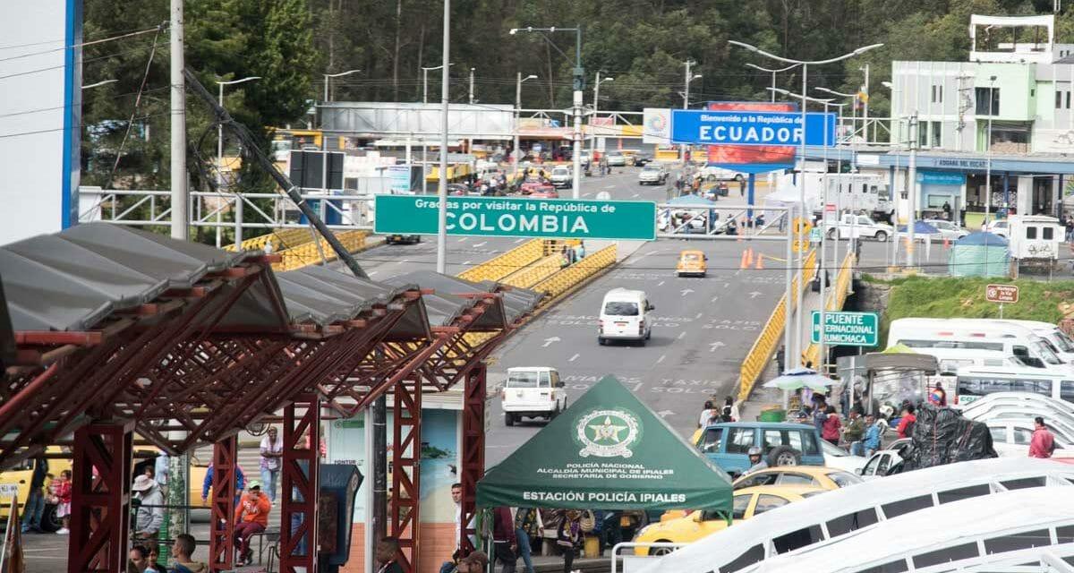 Border Crossing from Colombia into Ecuador