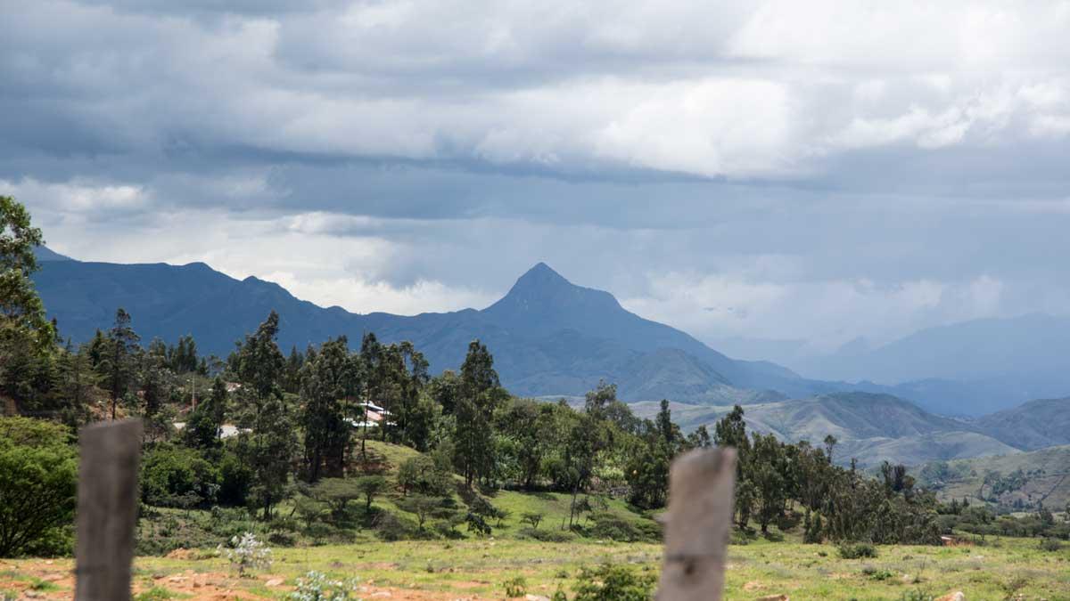 Along Highway 69 near Cariamanga, Ecuador | ©Angela Drake
