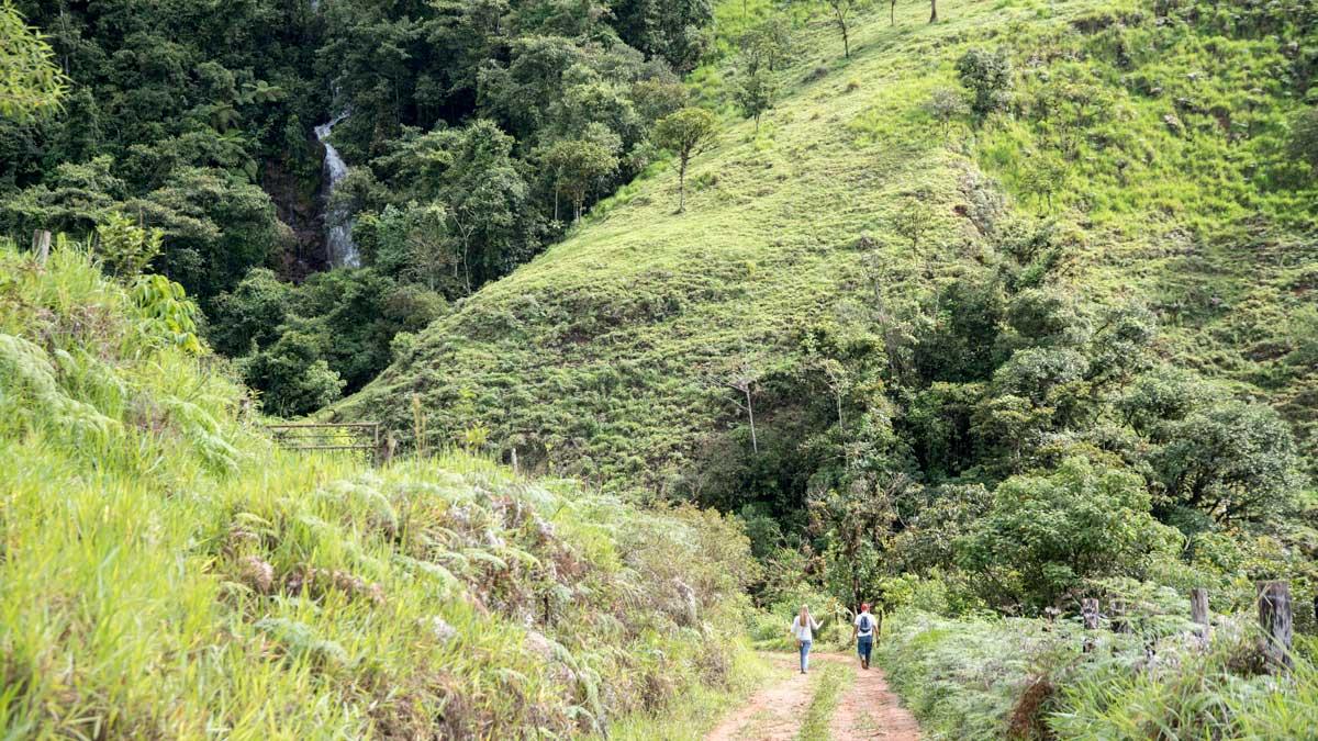 Hiking with Caroline and Don Carlos; Guizhaguiña, Ecuador   ©Angela Drake