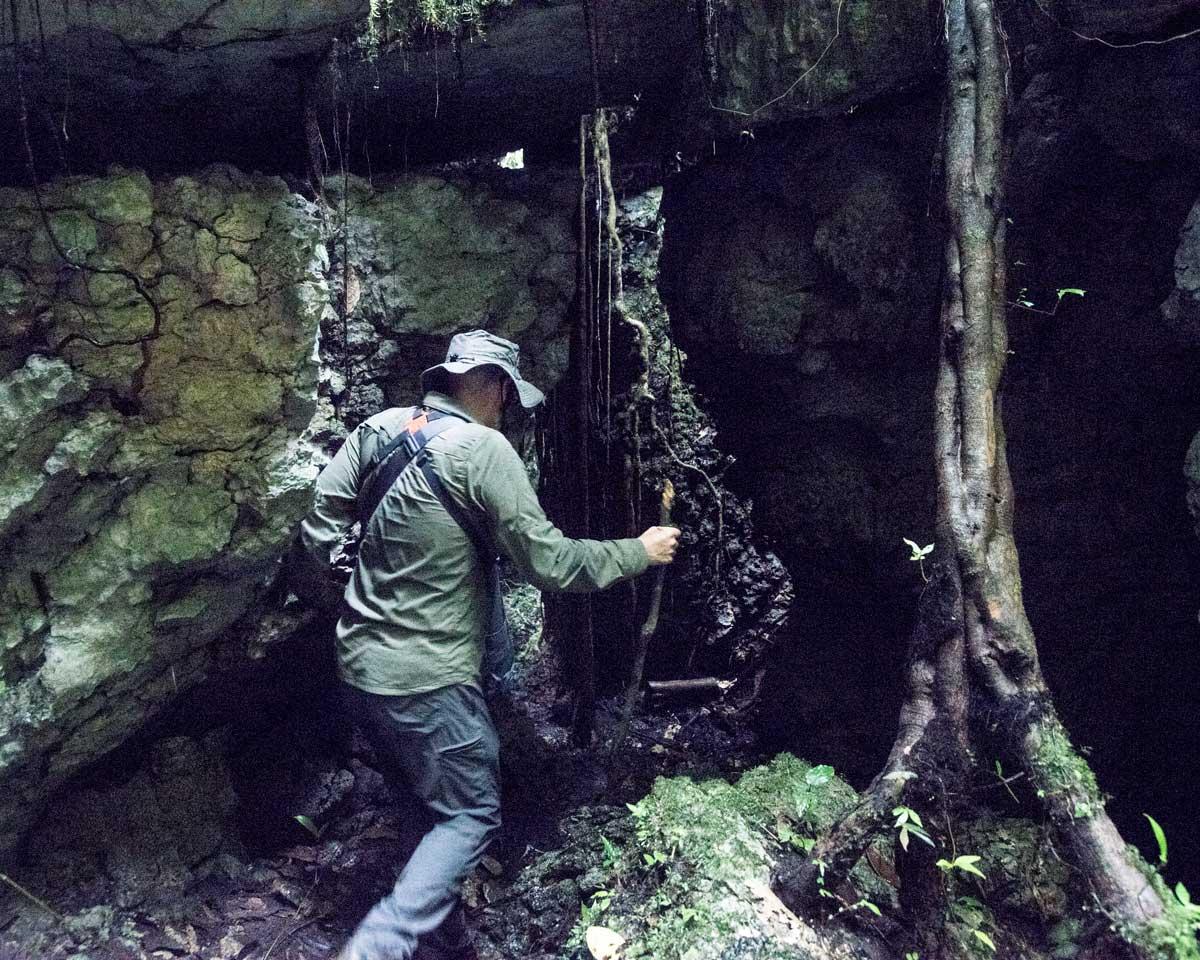 The author hiking through the Labyrinth of a Thousand Illusions, Ecuador | ©Angela Drake