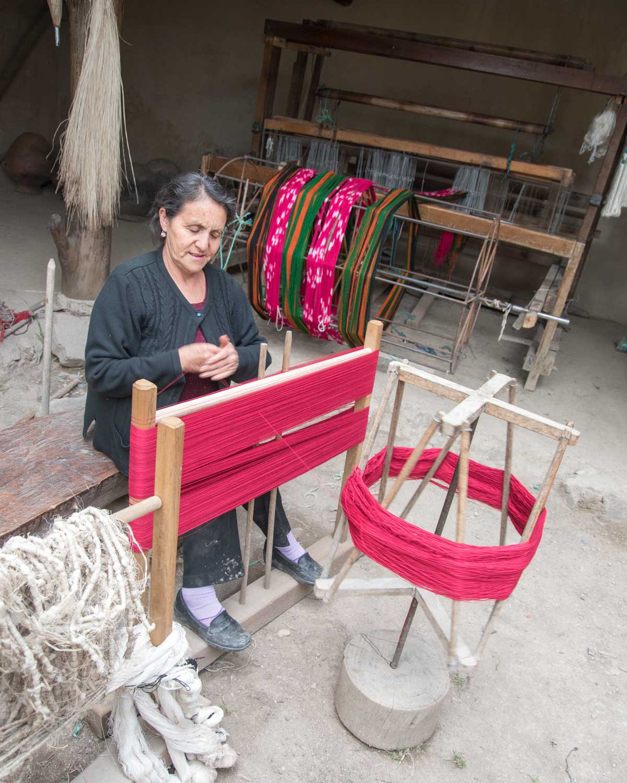 Ana María Ulloa leads tours at La Casa de la Macana, Gualaceo, Ecuador | ©Angela Drake